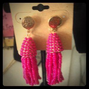Jewelry - Pink beaded tassel earrings